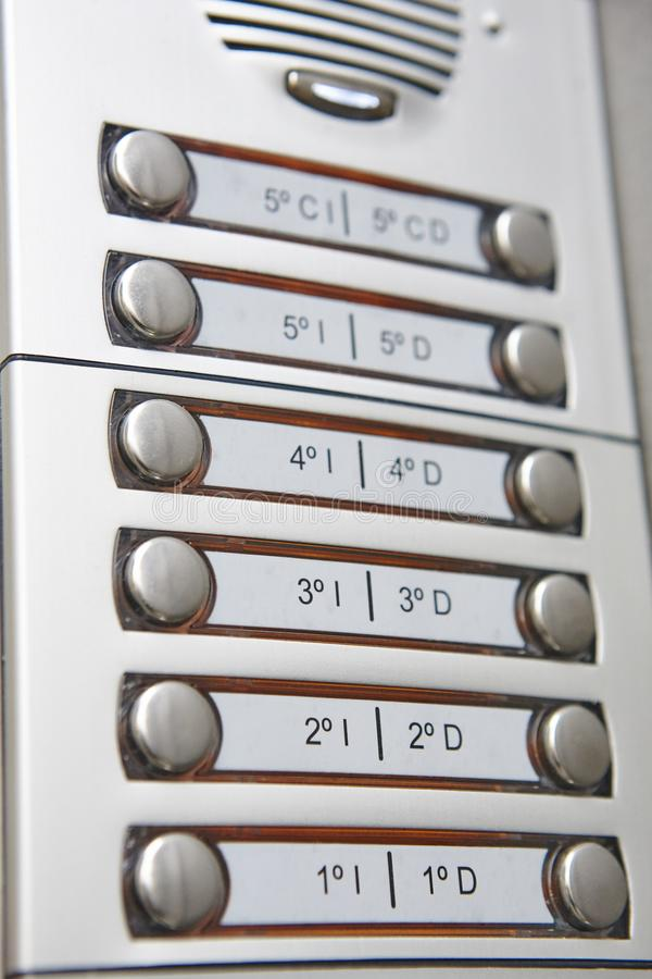 Обеспечивающее защиту приспособление внутренной связи здания Домашнее оборудование контроля допуска стоковая фотография rf