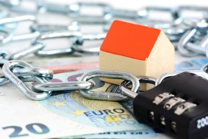 Обеспечьте ваши сбережения для проектов недвижимости стоковая фотография