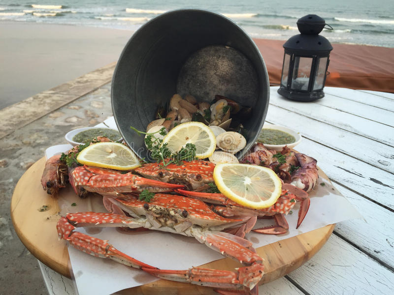 Обедающий морепродуктов на Hua Hin Таиланде стоковое фото