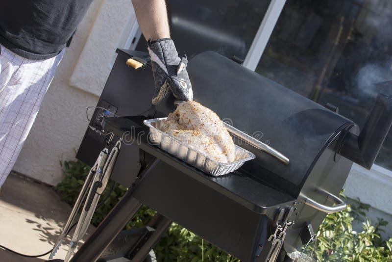 Обедающий Турции сделанный в курильщике стоковая фотография rf