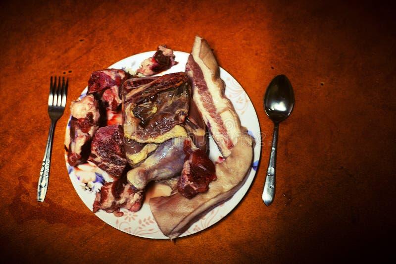 Обжорство или любитель мяса? стоковое изображение rf