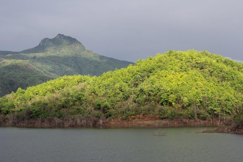 Обильный резервуар стоковое изображение