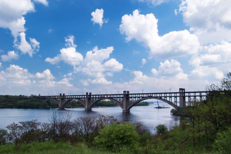 облака моста стоковое изображение rf