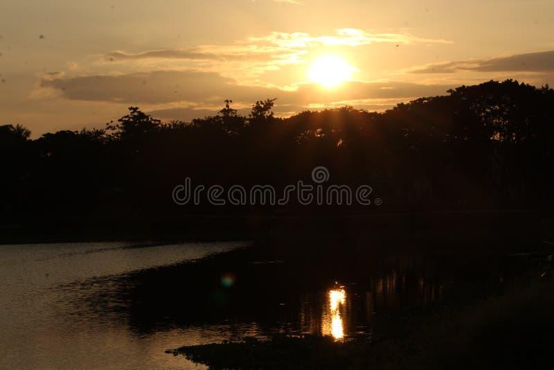 Облака покрытые с солнцем стоковое фото rf
