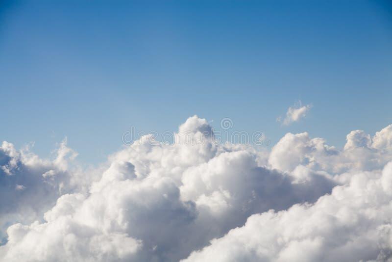 облака сверх