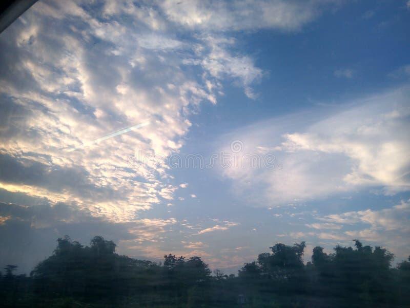 Облако в небе стоковая фотография rf
