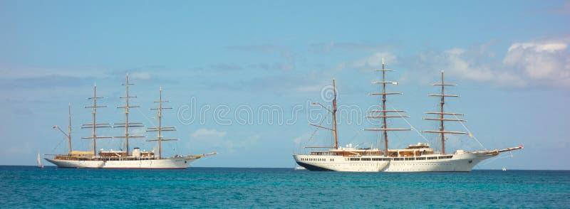 Облако моря грузит совместно в заливе Адмиралитейства, Бекии стоковое фото rf