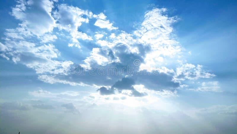 Небо летом стоковые изображения