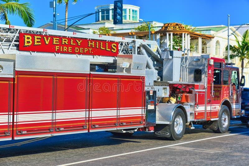 Область Беверли-Хиллз и пожарные машины, спешность, который нужно увольнять стоковые изображения