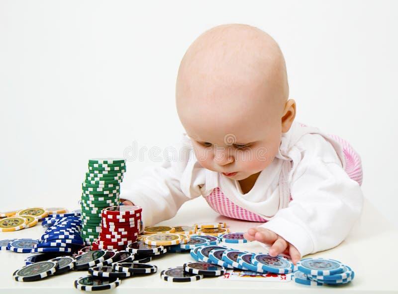 обломоки младенца играя покер стоковое изображение rf
