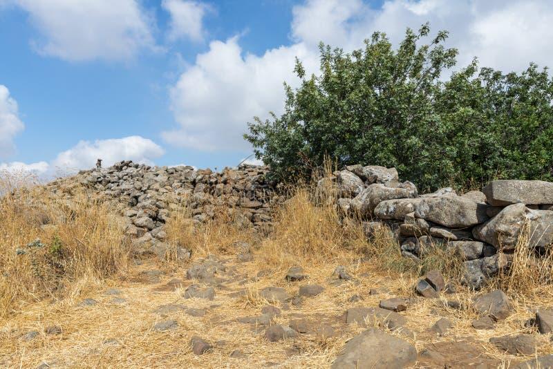 Обмылки megalithic комплекса предыдущих колес духов, al-Hiri бронзового века Rujum, Gilgal Rephaeem на Golan Hei стоковое фото rf