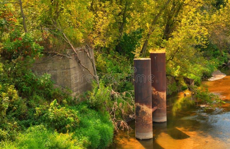Обмылок старого железнодорожного моста стоковая фотография rf