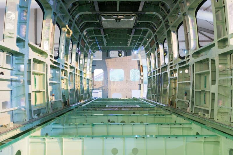 Обнаженный пустой фюзеляж раковины самолета стоковые фотографии rf