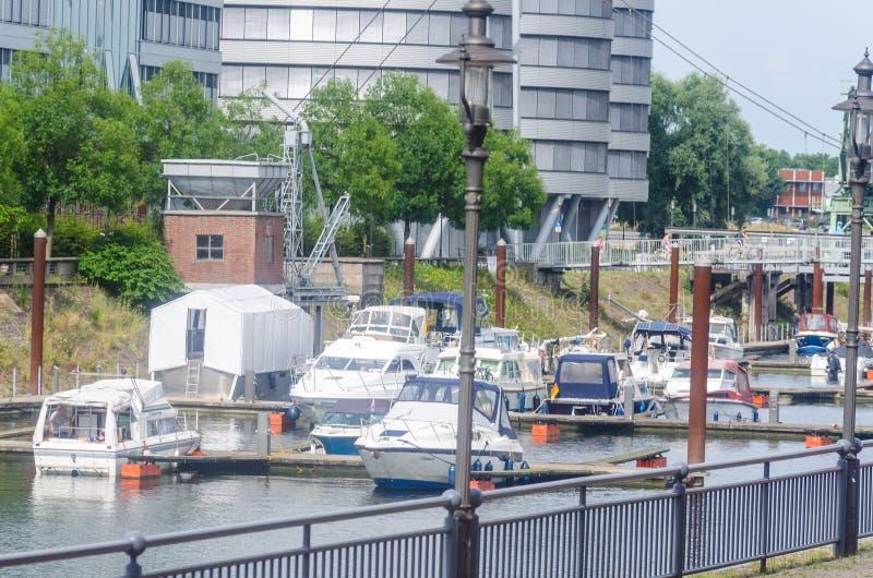 Обозревать Марину в Дуйсбурге Германии стоковое изображение rf