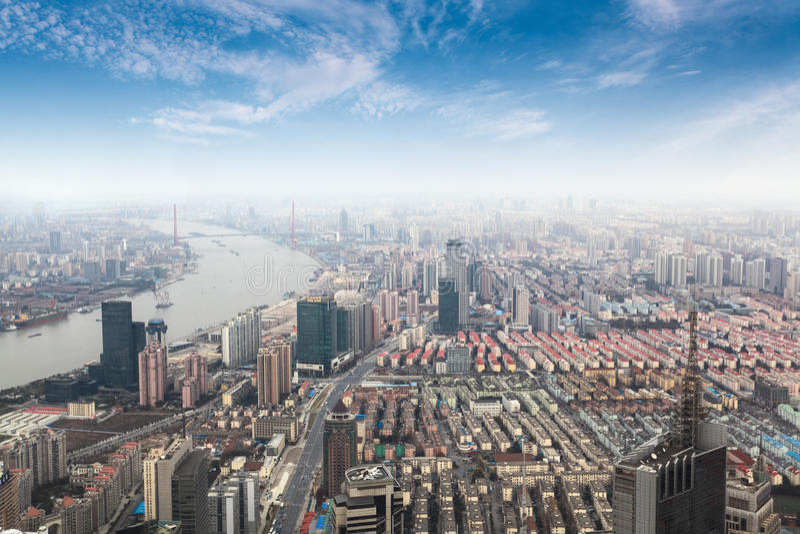 Обозревая метрополия shanghai стоковое фото rf