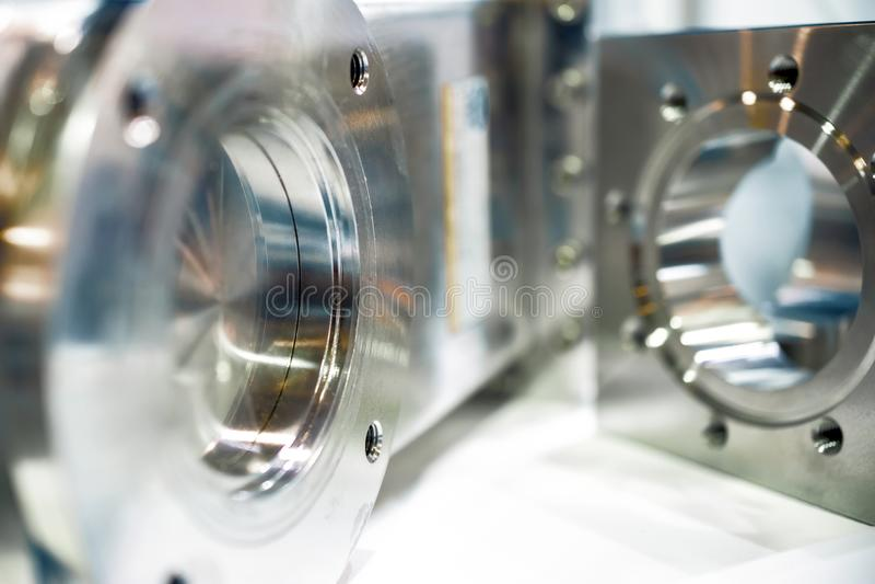 Оборудование вакуума металла, отполированный сияющий металл стоковые фотографии rf