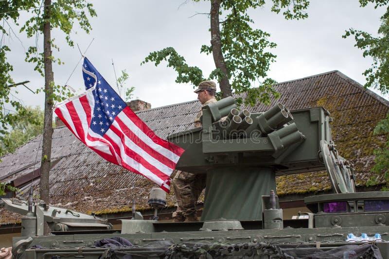 Оборудование и солдаты США воинские в езде II драгуна стоковая фотография