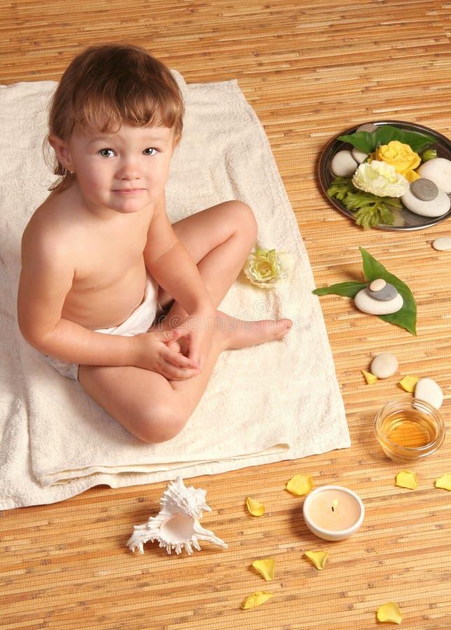 обработка спы ребёнка стоковые фотографии rf