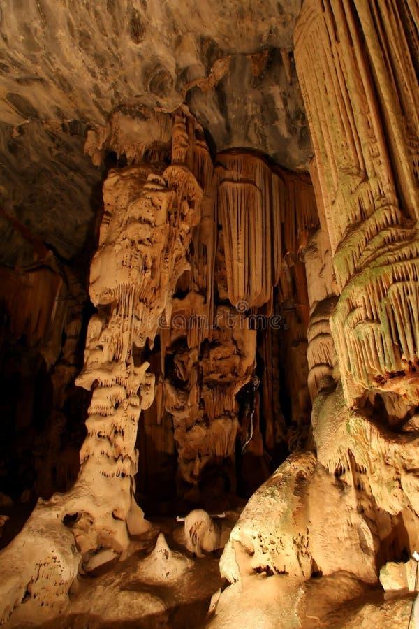 образования cavern подземные стоковые изображения rf