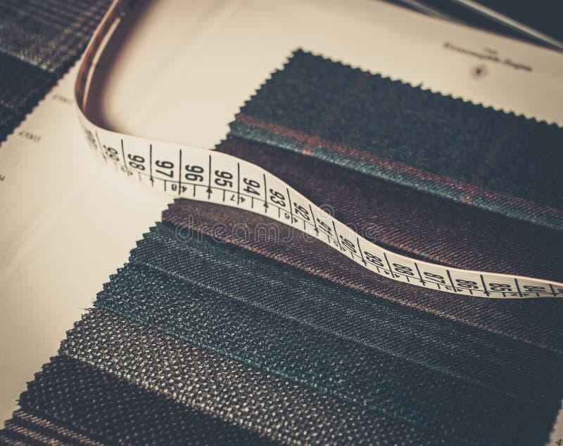 Образцы ткани для портняжничать стоковая фотография rf