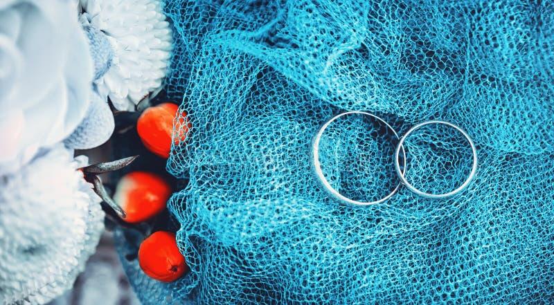 Обручальные кольца свадьбы стоковая фотография rf