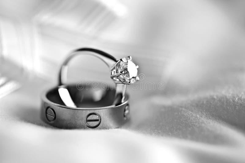 Обручальное кольцо пар стоковые изображения rf