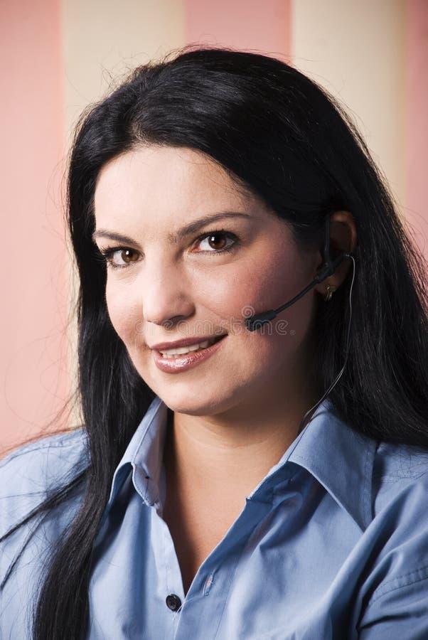 обслуживание красивейшего клиента счастливое репрезентивное стоковое фото rf