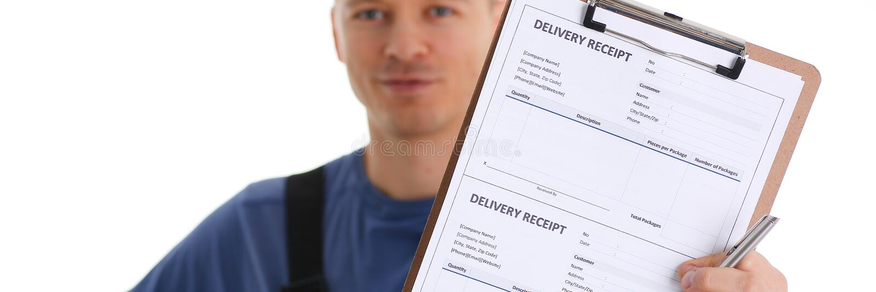 Обслуживание поставки курьера специалиста предлагает одну персону стоковое изображение rf