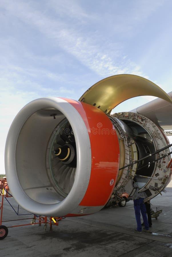 обслуживать двигателя двигателя стоковое изображение rf