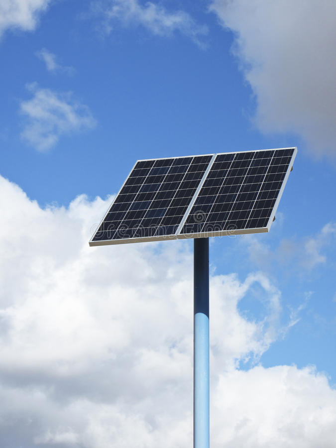 обшейте панелями солнечное стоковые изображения rf