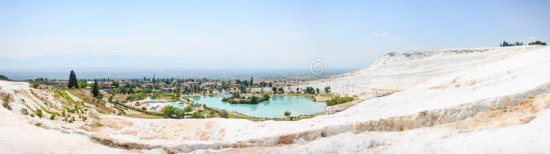 Обширная панорама Pamukkale, Турции стоковое фото rf