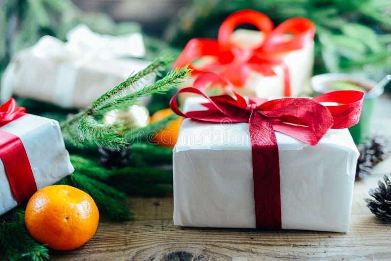 Download Обширная серия съемок праздника с разнообразие упорками и ба Стоковое Фото - изображение насчитывающей рождество, корабль: 81814262
