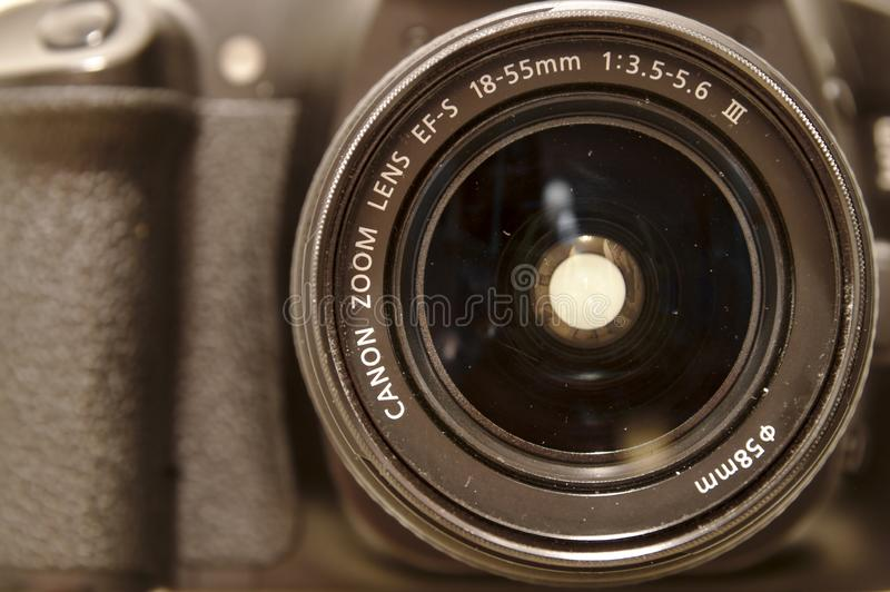 Объектив канона 18-55mm стоковое изображение rf