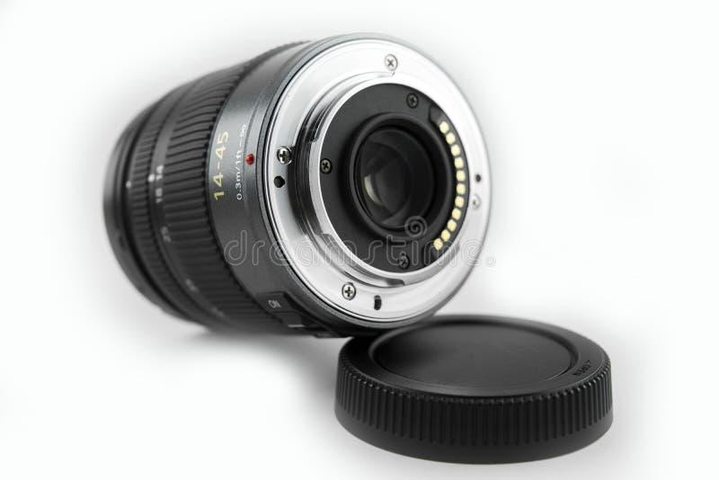 Объектив фотоаппарата dslr Mirrorless поверхность объектива конца-вверх задняя с белой предпосылкой стоковые фото