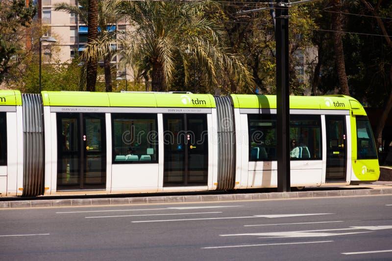 Обычный трамвай на улице Мурсии, Испании стоковая фотография