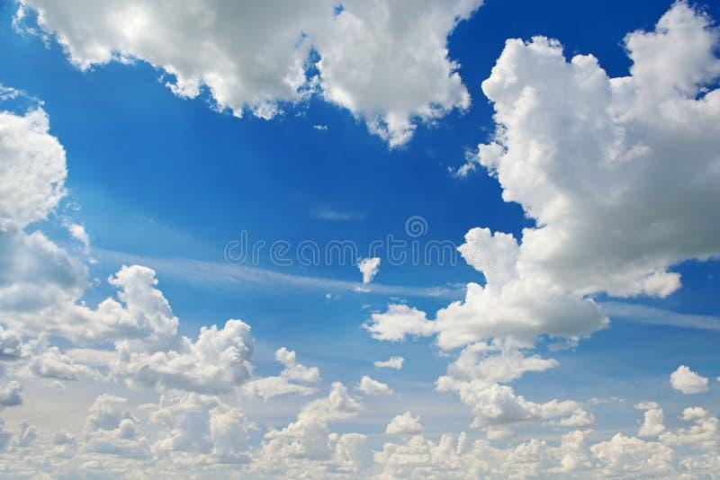 Download Облака стоковое фото. изображение насчитывающей напольно - 37931810