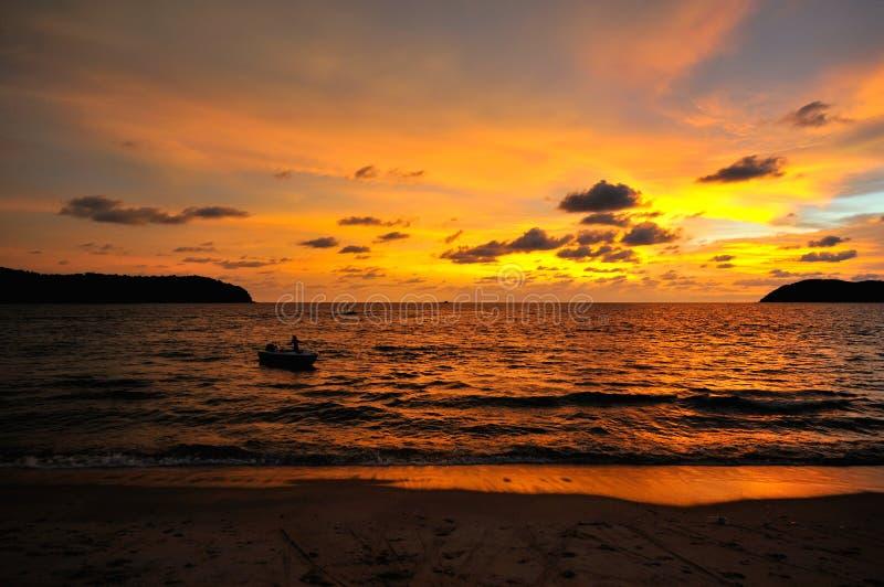 Облака Orang захода солнца стоковые изображения