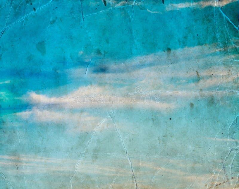 Облако в голубом небе, предпосылке природы стоковые изображения