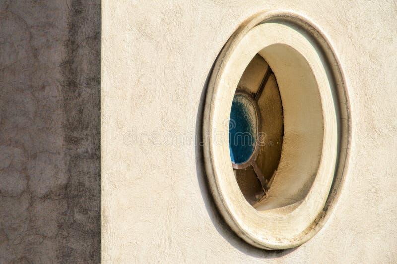 Овальное окно стоковые фотографии rf