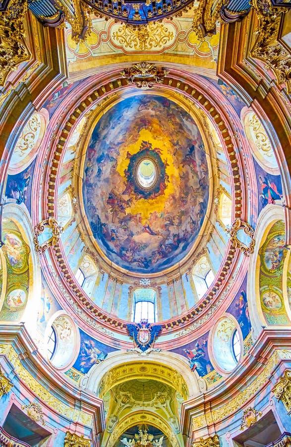 Овальный купол Peterskirche, Вены, Австрии стоковое изображение