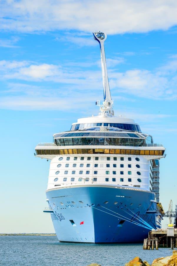 Овация MS туристического судна морей стоковые изображения