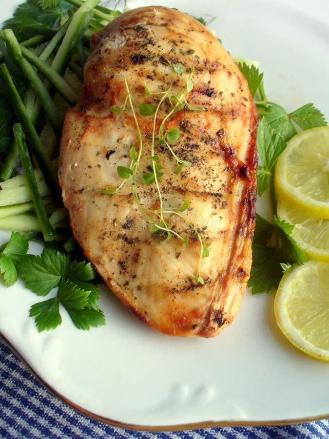 овощи груди зажженные цыпленком стоковая фотография
