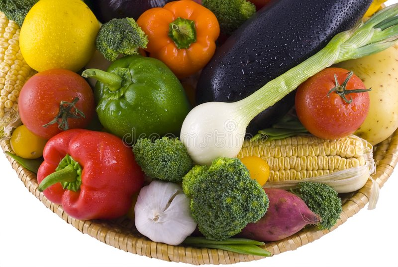 овощи изолированные корзиной стоковые изображения