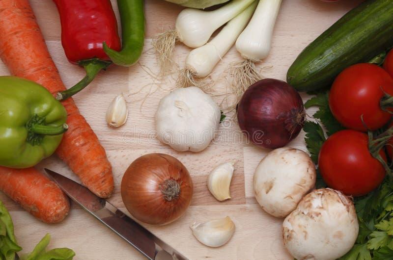 овощи ножа стоковые изображения rf