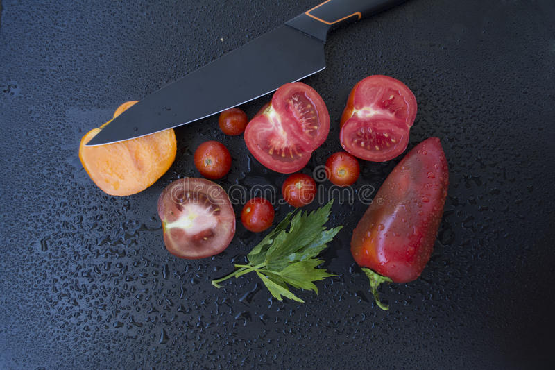Овощи с ножом стоковое фото rf