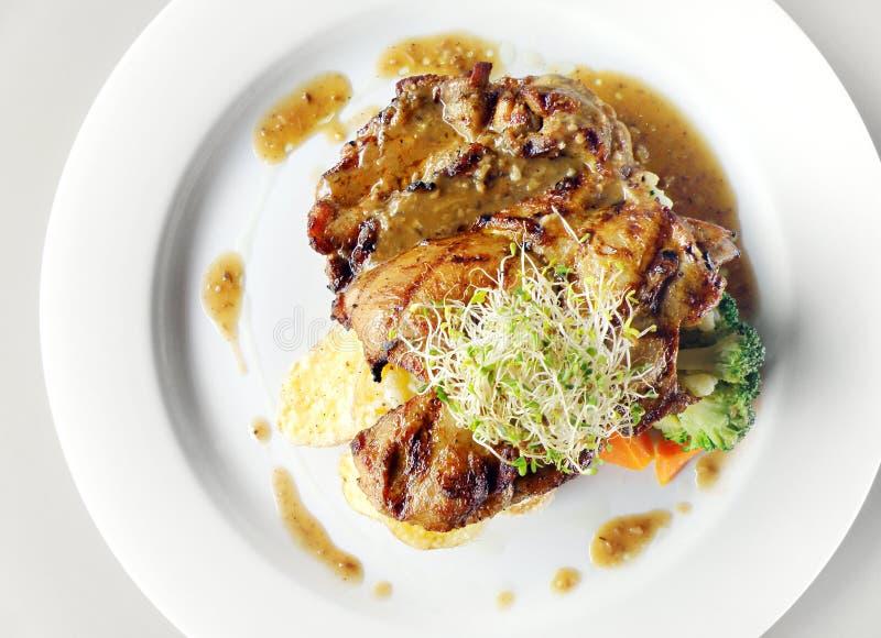 овощи тарелки цыпленка органические стоковая фотография rf