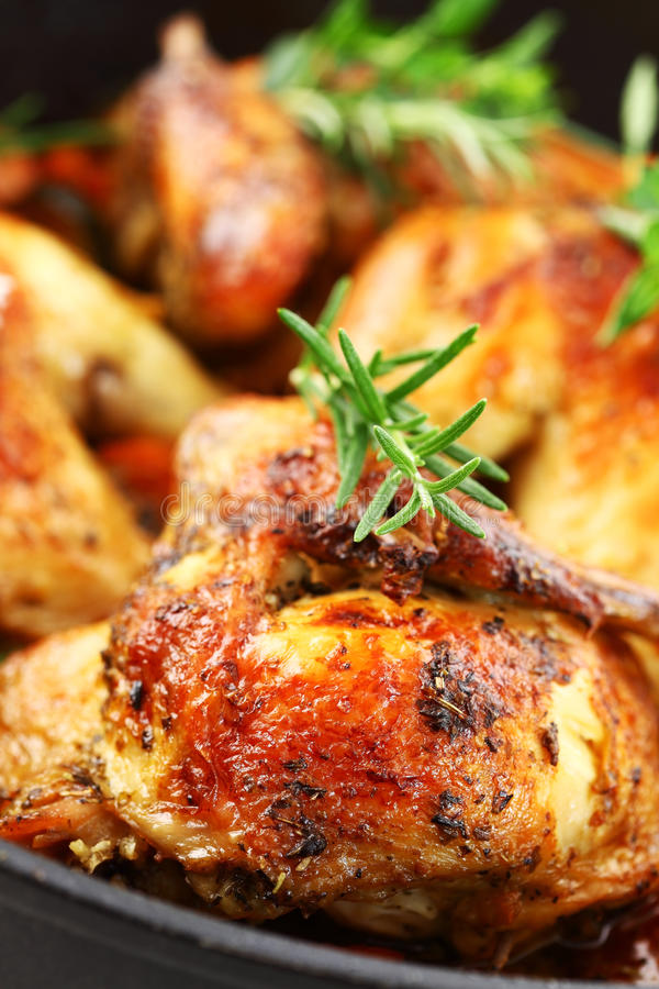 овощ зажаренный в духовке цыпленком стоковые фотографии rf
