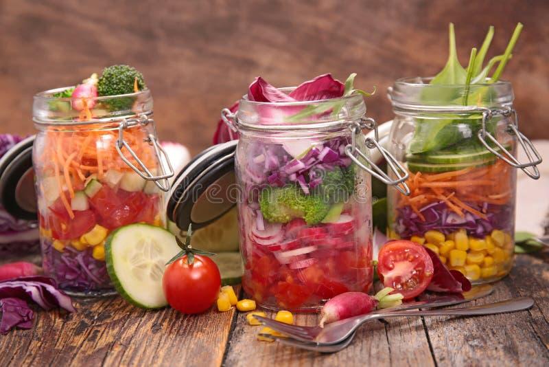 овощ томата салата смешивания салата огурца свежий стоковая фотография rf