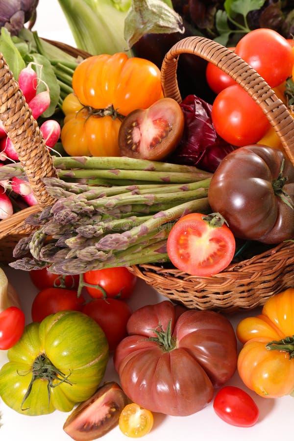 Овощ, томат-спарж-редиска и салат стоковые изображения