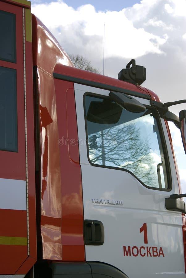 Огонь и автомобиль спасения Фото цвета стоковое фото